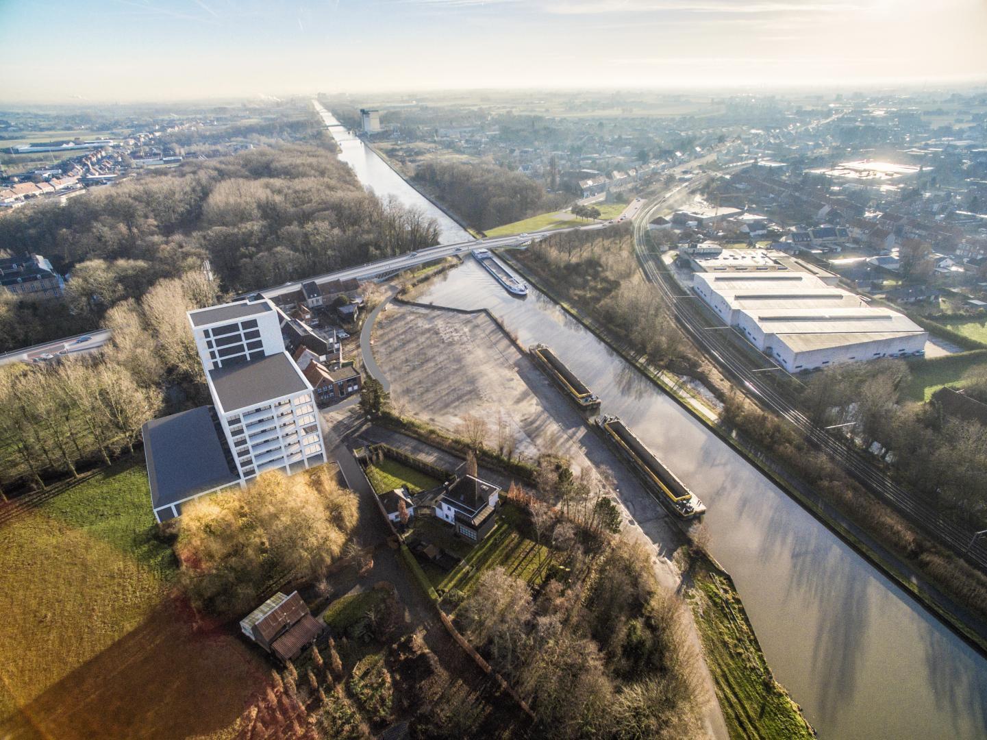 De nieuwe Brigandsbrug herenigt beide centrumhelften van de gemeente
